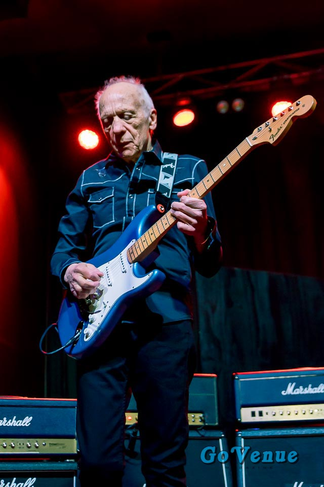 Robin Trower Mesmerizes A Crammed House At The Bourbon Theater In